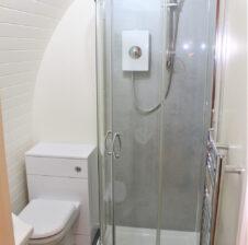 Cedar Glamping Pod Bathroom